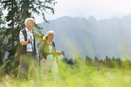 simsearch:600-00846421,k - Couple Hiking Stock Photo - Premium Royalty-Free, Code: 600-00911890