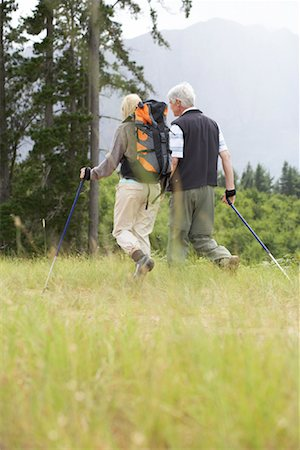 simsearch:600-00846421,k - Couple Hiking Stock Photo - Premium Royalty-Free, Code: 600-00911892