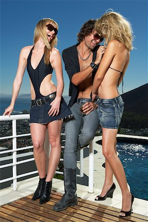 Celebrity With Groupies Stock Photo - Premium Royalty-Free, Code: 600-00948359