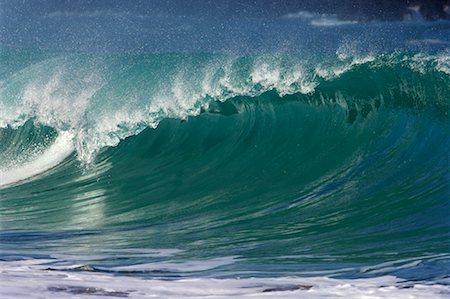 Waves, North Shore, Oahu, Hawaii Stock Photo - Premium Royalty-Free, Code: 600-01030170