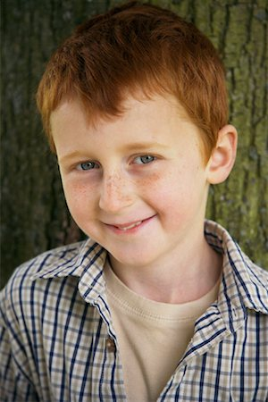 preteen  smile  one  alone - Portrait of Boy Outdoors Stock Photo - Premium Royalty-Free, Code: 600-01100042