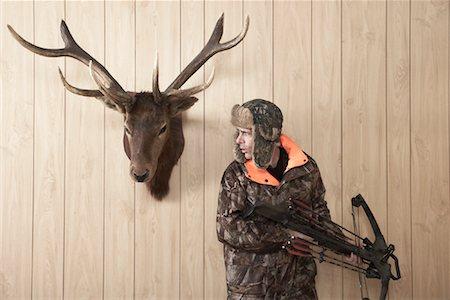 deer hunt - Hunter with Crossbow Stock Photo - Premium Royalty-Free, Code: 600-01124355