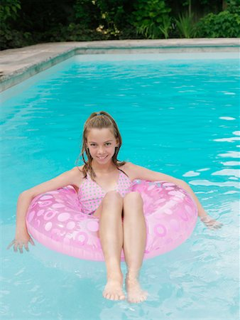 Girl in Swimming Pool Stock Photo - Premium Royalty-Free, Code: 600-01164458