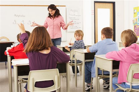simsearch:600-01184690,k - Students and Teacher in Classroom Stock Photo - Premium Royalty-Free, Code: 600-01184698