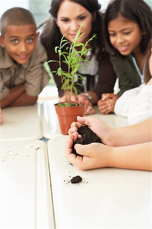 simsearch:600-01184690,k - Students and Teacher with Plant in Classroom Stock Photo - Premium Royalty-Free, Code: 600-01184734