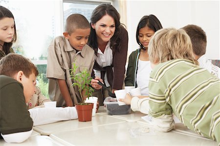 simsearch:600-01184690,k - Students and Teacher in Classroom Stock Photo - Premium Royalty-Free, Code: 600-01184743