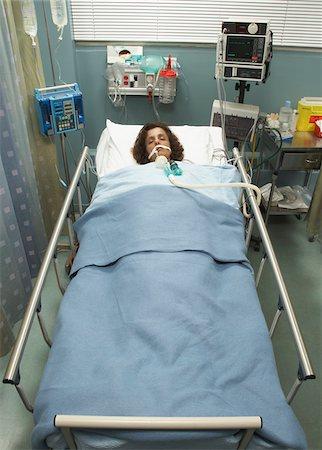 Hospital Patient Stock Photo - Premium Royalty-Free, Code: 600-01223657