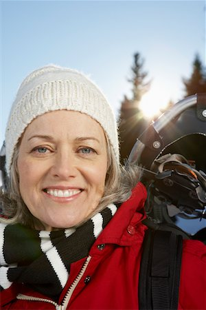 simsearch:600-00846421,k - Woman Outdoors in Winter Stock Photo - Premium Royalty-Free, Code: 600-01235210
