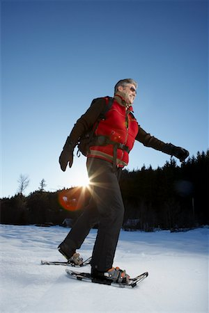 simsearch:600-00846421,k - Man Snowshoeing Stock Photo - Premium Royalty-Free, Code: 600-01235211