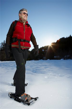 simsearch:600-00846421,k - Man Snowshoeing Stock Photo - Premium Royalty-Free, Code: 600-01235212