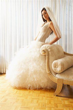 Portrait of Bride Stock Photo - Premium Royalty-Free, Code: 600-01276340