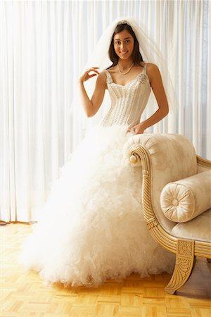 Portrait of Bride Stock Photo - Premium Royalty-Free, Code: 600-01276341
