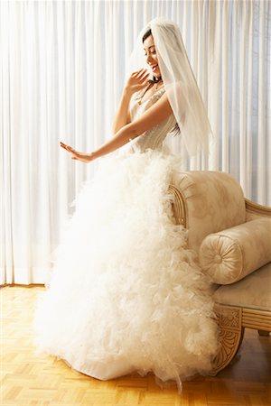 Portrait of Bride Stock Photo - Premium Royalty-Free, Code: 600-01276342