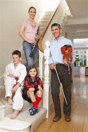 Portrait of Active Family Stock Photo - Premium Royalty-Free, Code: 600-01374118