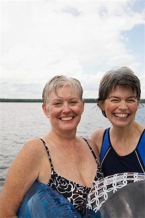 Women by Lake Stock Photo - Premium Royalty-Free, Code: 600-01606114
