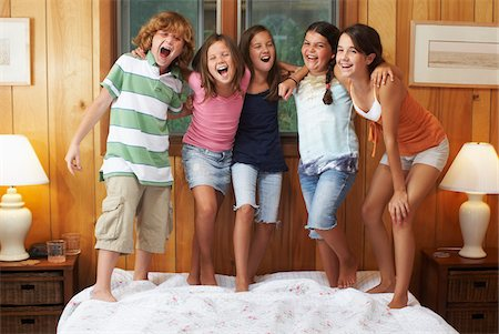 Kids Hanging Out Stock Photo - Premium Royalty-Free, Code: 600-01606778