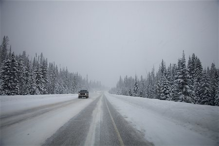 elements (weather) - Highway 93 in Snow Storm, Kootney National Park, British Columbia, Canada Stock Photo - Premium Royalty-Free, Code: 600-01606935