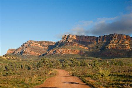 road landscape - Dirt Road and Elder Range, Flinders Ranges National Park, South Australia, Australia Stock Photo - Premium Royalty-Free, Code: 600-01603960