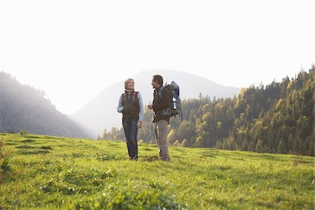 simsearch:600-00846421,k - Couple Hiking Stock Photo - Premium Royalty-Free, Code: 600-01645047