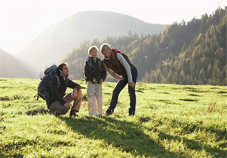simsearch:600-00846421,k - Family Hiking Stock Photo - Premium Royalty-Free, Code: 600-01645049