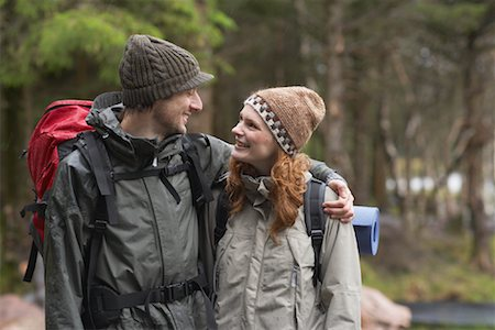 simsearch:600-00846421,k - Couple Backpacking Stock Photo - Premium Royalty-Free, Code: 600-01693954