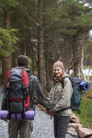 simsearch:600-00846421,k - Couple Backpacking Stock Photo - Premium Royalty-Free, Code: 600-01693951