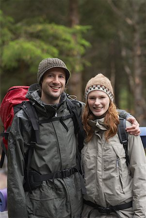 simsearch:600-00846421,k - Couple Backpacking Stock Photo - Premium Royalty-Free, Code: 600-01693952
