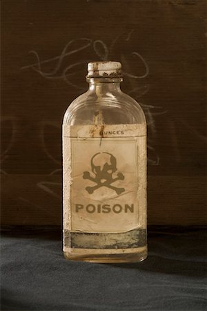 poison - Bottle of Poison Stock Photo - Premium Royalty-Free, Code: 600-01716804