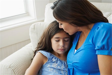 preteen kissing - Portrait of Mother and Daughter Stock Photo - Premium Royalty-Free, Code: 600-01787559