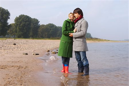 Couple on the Beach Stock Photo - Premium Royalty-Free, Code: 600-01827062