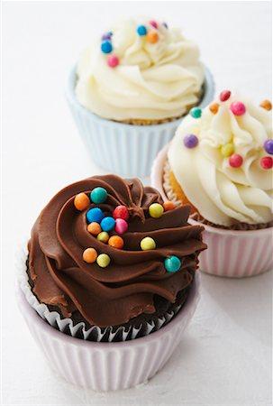 Close-up of Cupcakes Stock Photo - Premium Royalty-Free, Code: 600-02033698