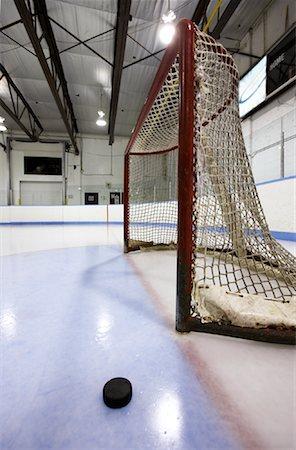 Hockey Net and Puck Stock Photo - Premium Royalty-Free, Code: 600-02056044