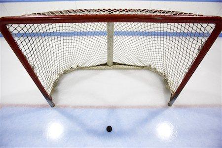 Hockey Net and Puck Stock Photo - Premium Royalty-Free, Code: 600-02056045