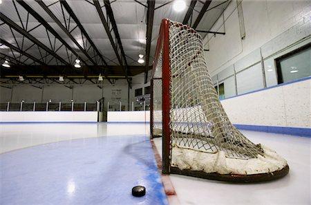 Hockey Net and Puck Stock Photo - Premium Royalty-Free, Code: 600-02056041