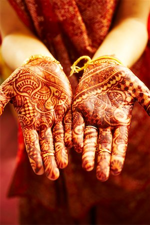 Henna Designs on Hands Stock Photo - Premium Royalty-Free, Code: 600-02081651
