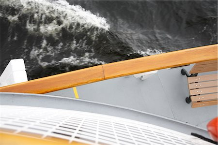 View of Water From the Upper Deck of a Ship Stock Photo - Premium Royalty-Free, Code: 600-02376863