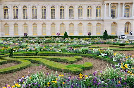 Versailles Gardens and Palace, Versailles, Ile-de-France, France Stock Photo - Premium Royalty-Free, Code: 600-02590928