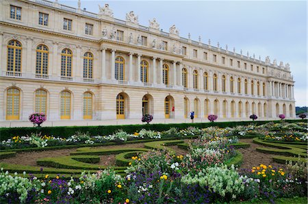 Versailles Gardens and Palace, Versailles, Ile-de-France, France Stock Photo - Premium Royalty-Free, Code: 600-02590929