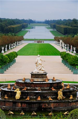 Versailles Gardens, Versailles, Ile-de-France, France Stock Photo - Premium Royalty-Free, Code: 600-02590922