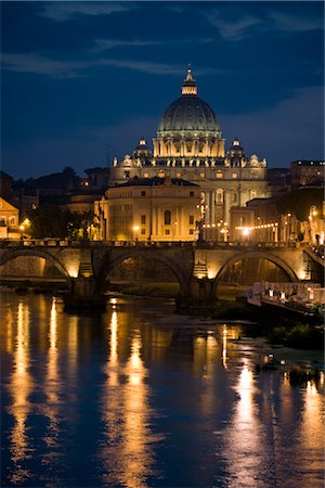 St Peters Basilica and Ponte Sant Angelo, Rome, Lazio, Italy Stock Photo - Premium Royalty-Free, Code: 600-02633409
