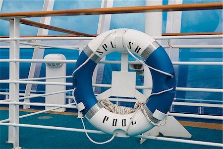 Life Preserver, Cruise Ship Stock Photo - Premium Royalty-Free, Code: 600-02633826