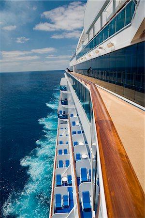 Cruise Ship Stock Photo - Premium Royalty-Free, Code: 600-02633834