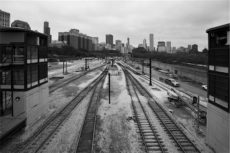 Train Station and Cityscape, Chicago, Illinois, USA Stock Photo - Premium Royalty-Free, Code: 600-02669684