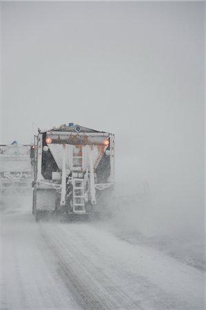 plow - Snowplow on Highway, Ontario, Canada Stock Photo - Premium Royalty-Free, Code: 600-02670639