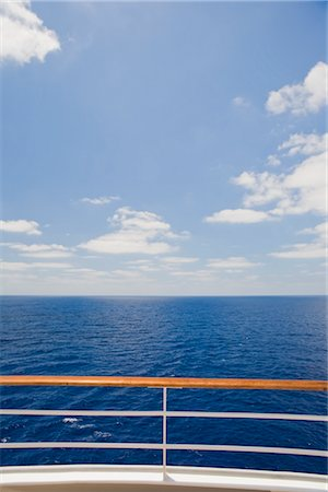 View of Ocean from Railing of Cruise Ship Stock Photo - Premium Royalty-Free, Code: 600-02671105