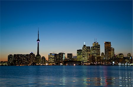 Skyline, Toronto, Ontario, Canada Stock Photo - Premium Royalty-Free, Code: 600-02671577