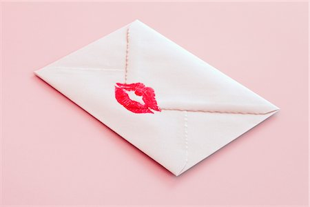 simsearch:400-04801287,k - Envelope Sealed With a Kiss Stock Photo - Premium Royalty-Free, Code: 600-02700982