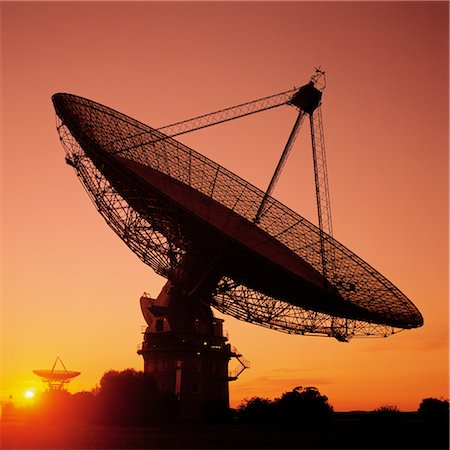 radio telescope - Radio Telescope, Satellite Receiving Dish, Sunset Silhouette Stock Photo - Premium Royalty-Free, Code: 600-02885981