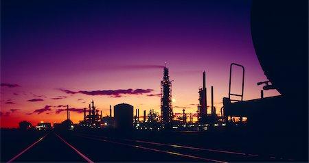 Oil Refinery, Victoria, Australia Stock Photo - Premium Royalty-Free, Code: 600-02886532