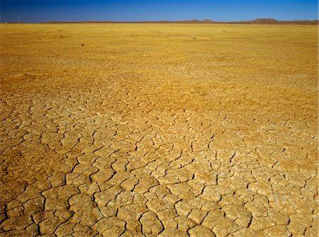 Cracked Earth, Dry Lake Bed, Australia Stock Photo - Premium Royalty-Free, Code: 600-02886675